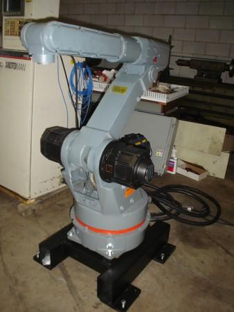 Robot Motoman K10
